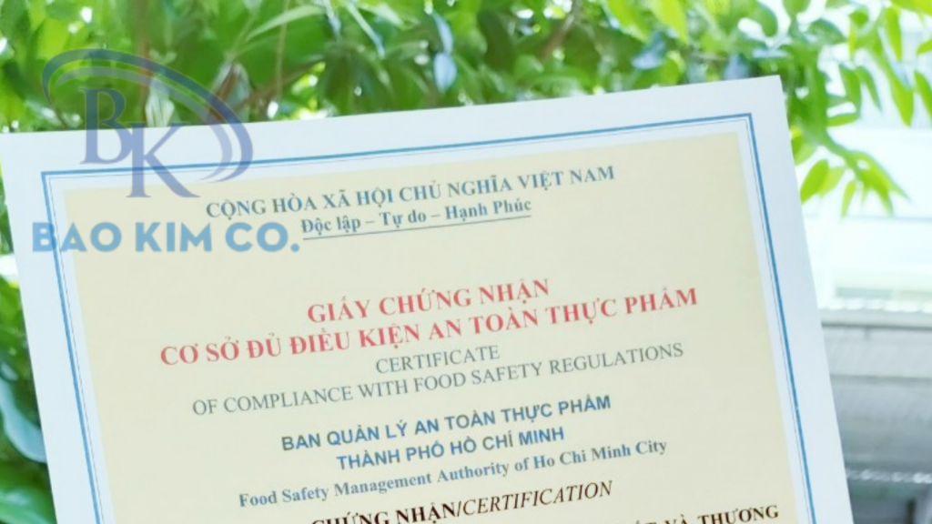An toàn vệ sinh thực phẩm sản xuất đóng gói mì tôm